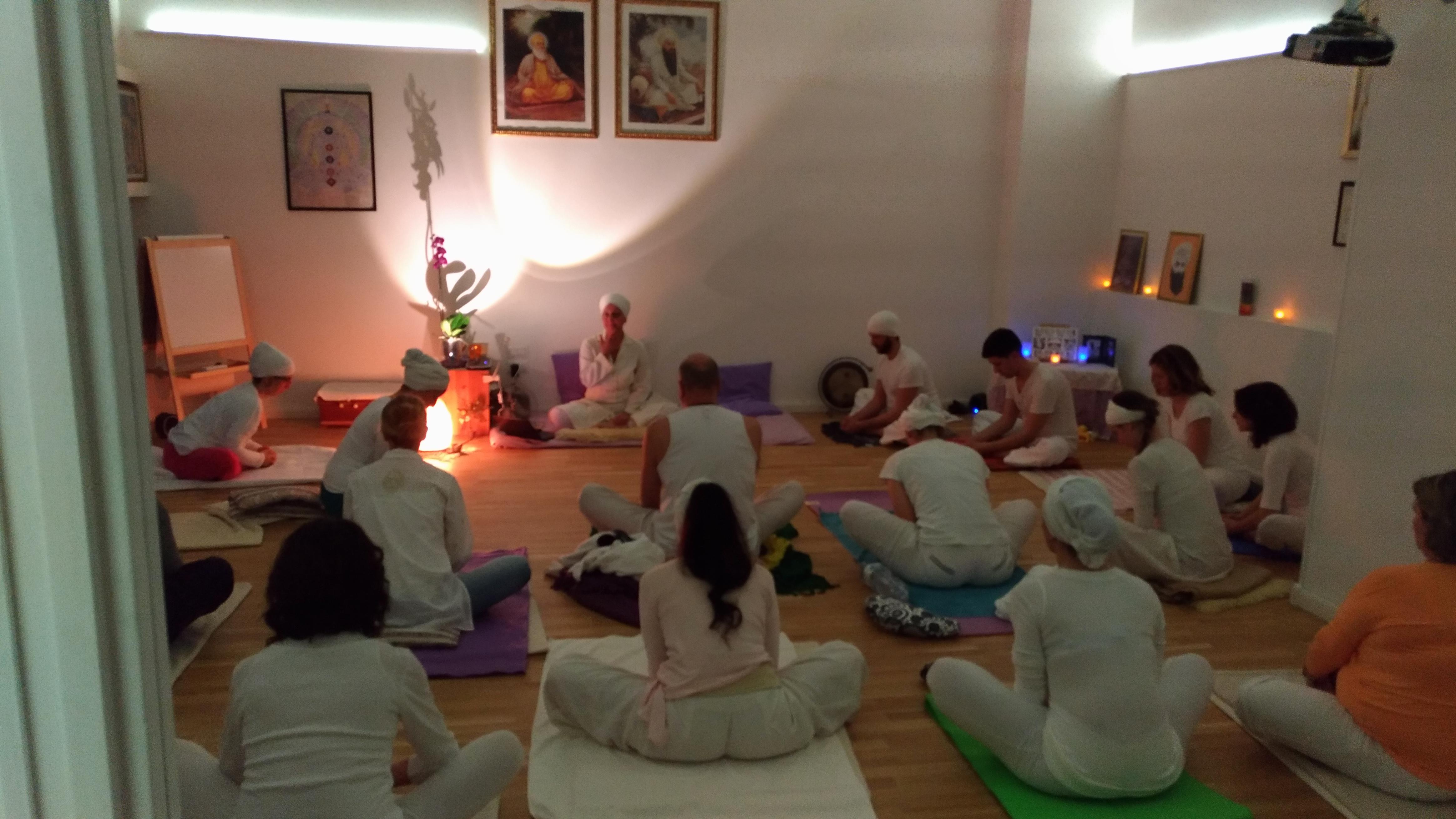 Corso per Insegnanti di Kundalini Yoga a Roma